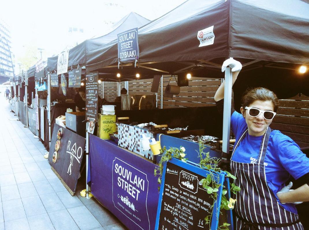 Μία Κρητικιά πήγε στο Λονδίνο για σπουδές και κατέκτησε την αγορά του street food! (φωτό)
