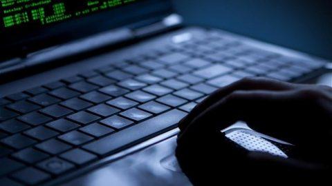 Χάκαραν e-banking και έκλεψαν 11.800 ευρώ – Πλήθος καταγγελιών για τραπεζικές απάτες