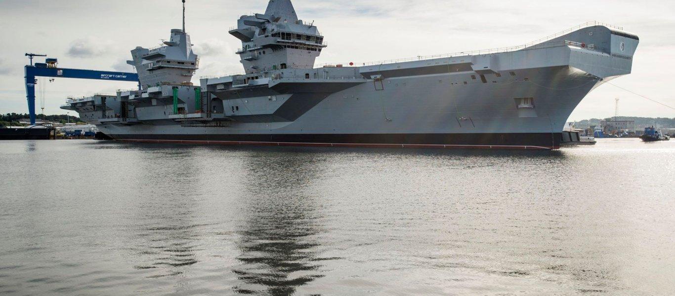 Διασυρμός του βρετανικού Βασιλικού Ναυτικού – Άγνωστος προσγείωσε drone στο HMS Queen Elizabeth! (φωτό, βίντεο)