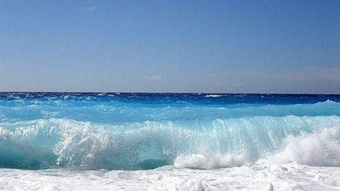 Περιπέτεια στα κύματα για 53χρονο