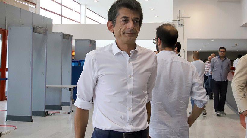 Νίκος Καρανίκας: «Στα τσακίδια el dorado και να μην στεριώσεις πουθενά»!