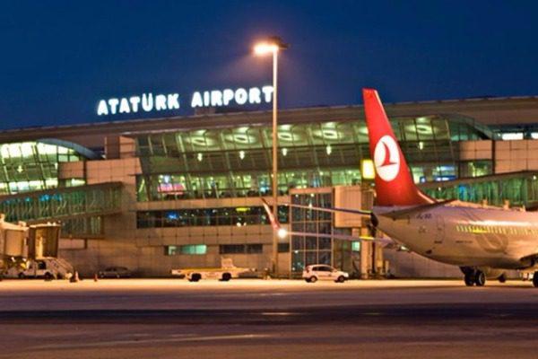 Συντριβή αεροσκάφους στο αεροδρόμιο Ατατούρκ