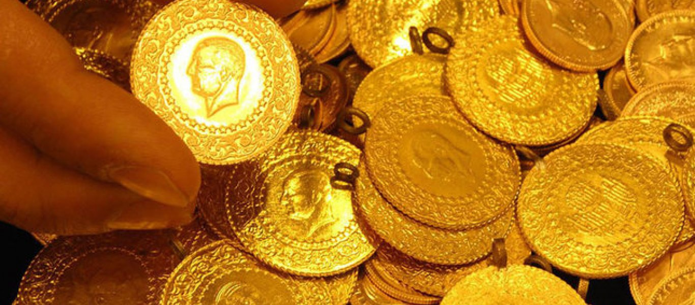 Oι Τούρκοι αγοράζουν χρυσό για να σώσουν τις αποταμιεύσεις τους από τις επιθέσεις της Δύσης