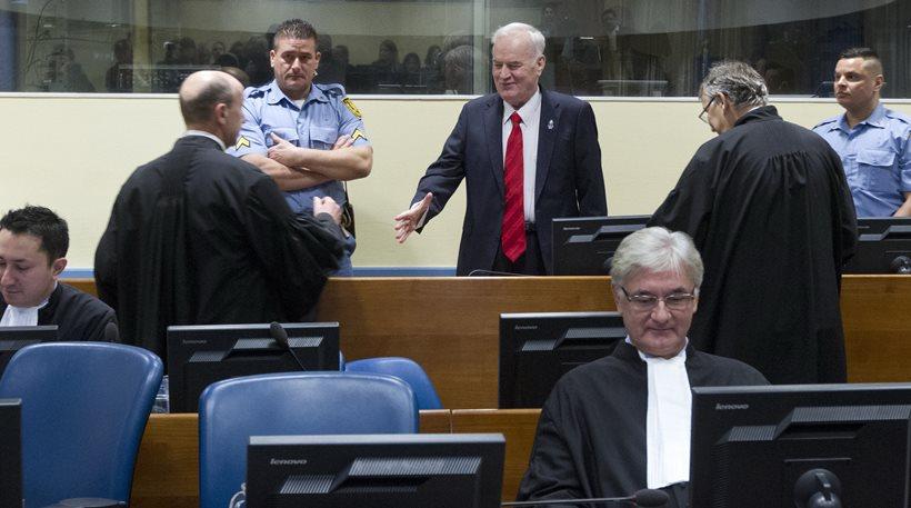 Ένοχος για γενοκτονία και εγκλήματα κατά της ανθρωπότητας ο στρατηγός Μλάντιτς