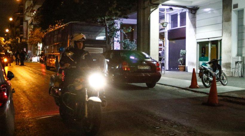 Πυροβόλησαν με καλάσνικοφ τα γραφεία του ΠΑΣΟΚ – Ήθελαν νεκρούς αστυνομικούς