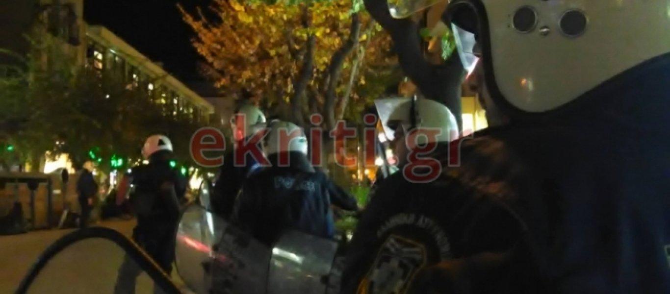 Κρήτη: Μέ έντονο αστυνομικό κλοιό η πορεία για το Πολυτεχνείο (φωτό)
