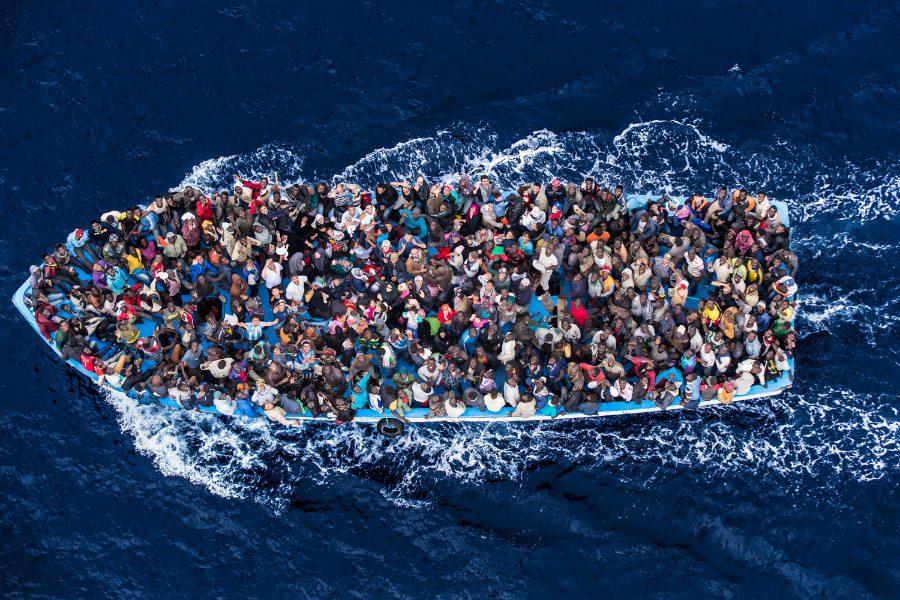 Λαμπεντούζα: Το νησί της Ιταλίας που δέχεται κάθε χρόνο χιλιάδες πρόσφυγες