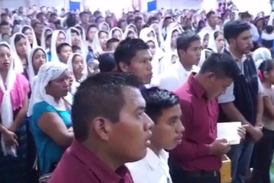 Σε εκκλησία της Γουατεμάλα ψέλνουν στα ελληνικά