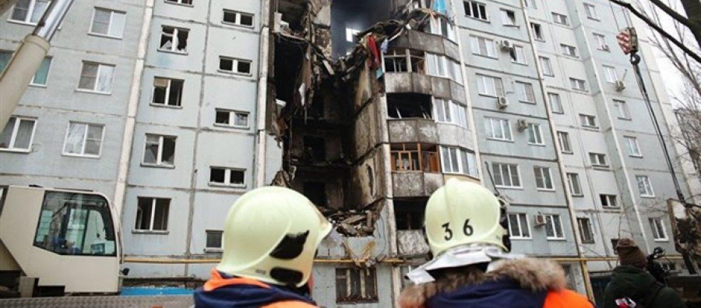 Ένοικος με ψυχικά προβλήματα πίσω από την έκρηξη σε πολυκατοικία στη Ρωσία