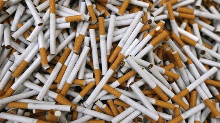 Εκατοντάδες πακέτα λαθραίων τσιγάρων σε ΙΧ – Συνελήφθη ένας 34χρονος