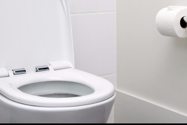 Γιατί στην Ελλάδα δεν μπορούμε να πετάμε τα χαρτιά στην τουαλέτα;