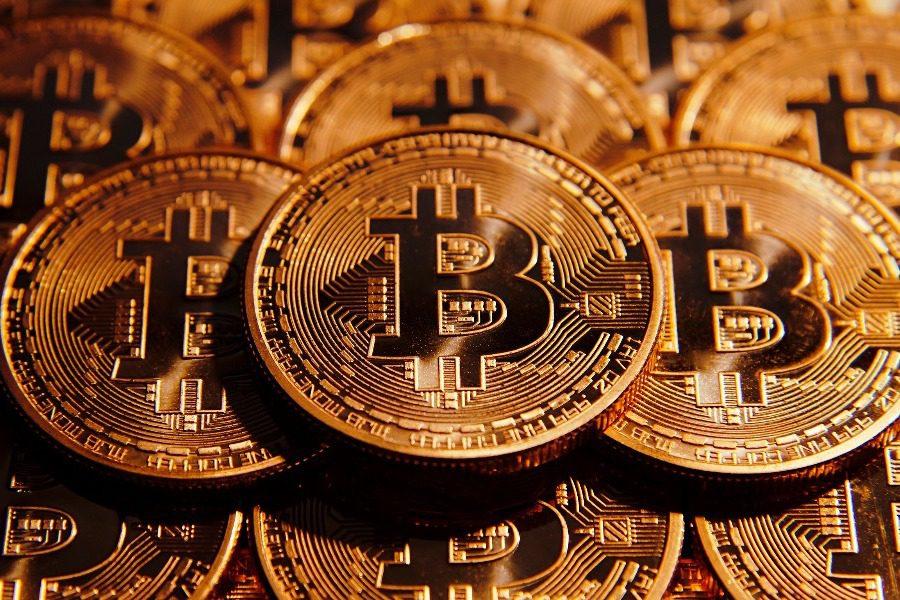 Πόσα λεφτά θα είχατε σήμερα αν επενδύατε 100 δολάρια στο ξεκίνημα του bitcoin;