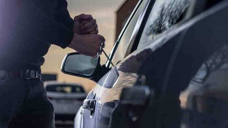 """Σπείρα έκλεβε αυτοκίνητα με ειδικό λογισμικό – """"Έσπρωχναν"""" τα ανταλλακτικά και στην Κρήτη"""