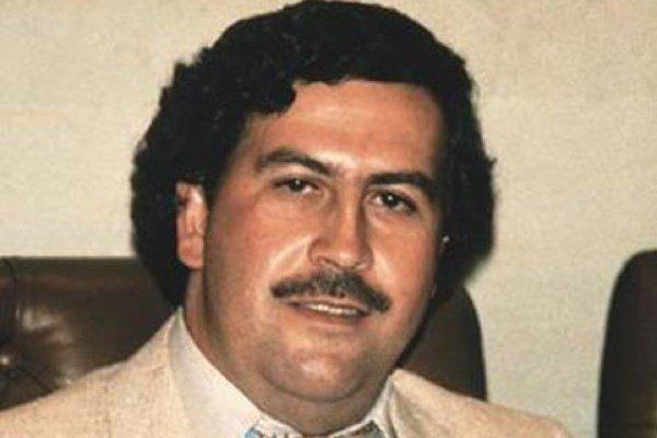 Πάμπλο Εσκομπάρ: Ακόμα και 24 χρόνια μετά τον θάνατό του η ιστορία του συναρπάζει (φωτό, βίντεο)