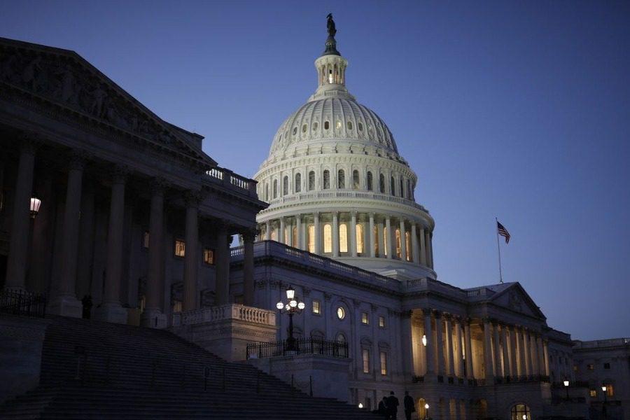 ΗΠΑ: Κατέβασαν ρολά οι ομοσπονδιακές υπηρεσίες ‑ Εκτεθειμένος ο πρόεδρος Τραμπ