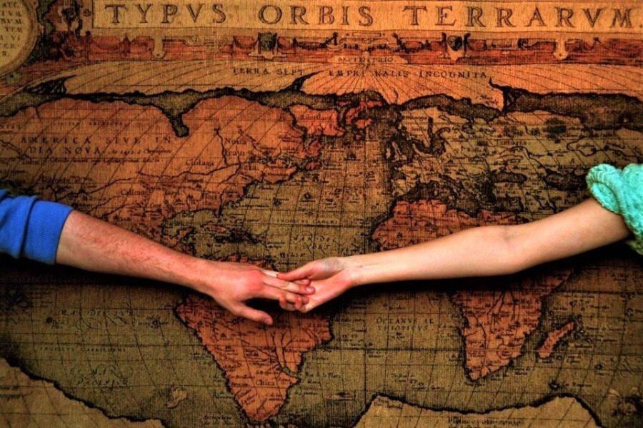 Παράξενα έθιμα γνωριμιών σε όλο τον κόσμο