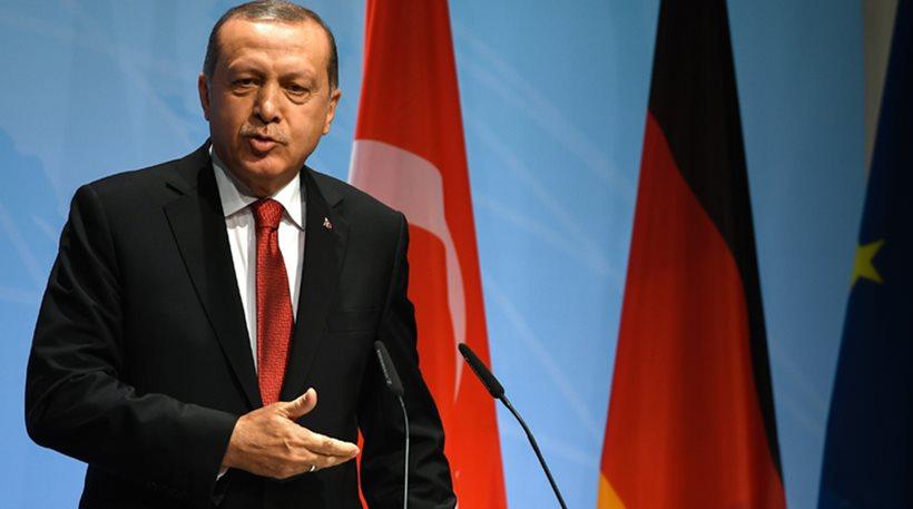Απειλεί η Άγκυρα: Ή θα ενταχθούμε στην ΕΕ ή τέλος στη συμφωνία για τους μετανάστες