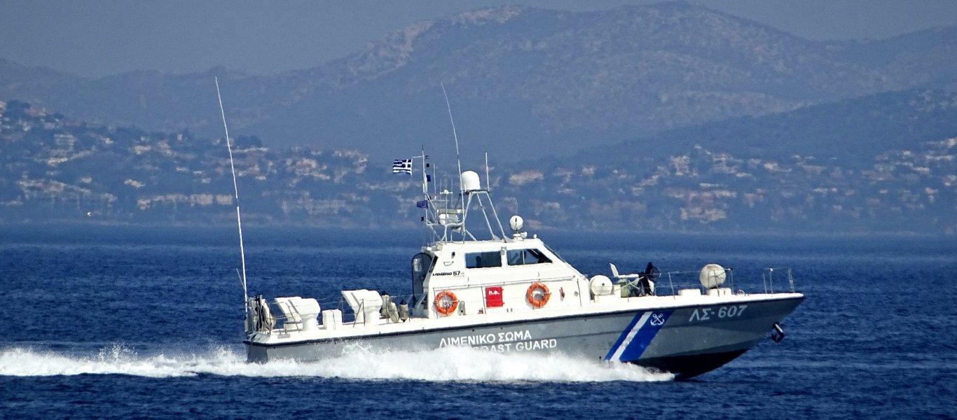 Ταχύπλοο έμεινε ακυβέρνητο λόγω καυσίμων στα ανοιχτά της Χαλκιδικής
