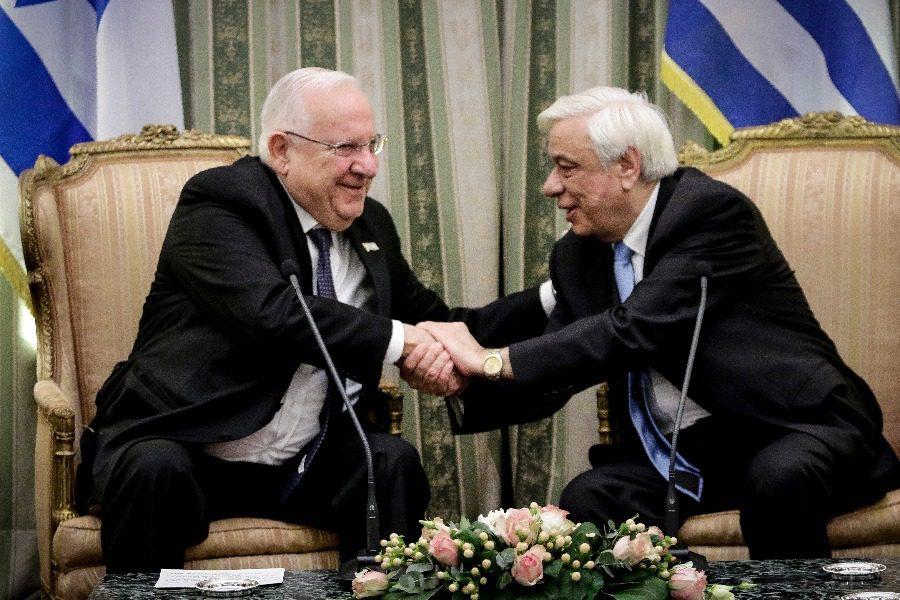 Όταν (μετά τα ντολμαδάκια) έσπασε η καρέκλα του Προέδρου του Ισραήλ στο επίσημο δείπνο