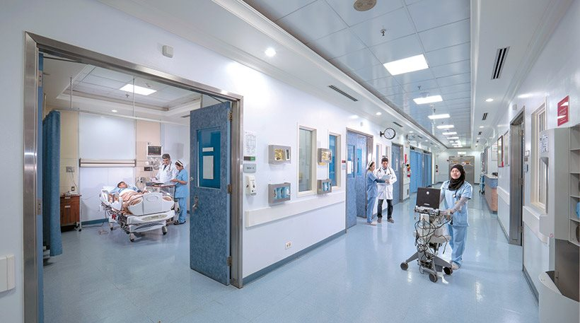 Η Σαουδική Αραβία ζητά γιατρούς με μισθό €11.000 (αφορολόγητα)
