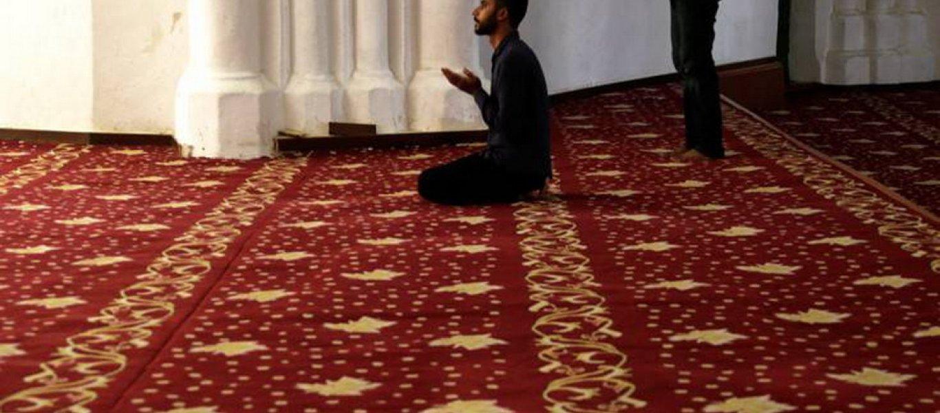 Ισλαμιστής μπήκε στο Ωδείο του Ρεθύμνου φωνάζοντας: «Εδώ είναι τζαμί – Να φύγουν τα άπιστα Ελληνόπουλα»!