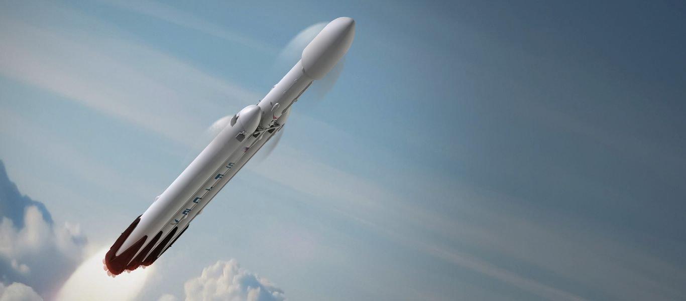 Ο SpaceΧ Falcon Heavy «ξεπέρασε» τον Άρη και θα συνεχίσει στο υπερπέραν!