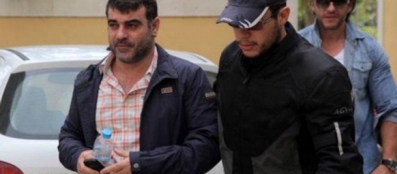 Συνελήφθη ο Κ.Βαξεβάνης μετά από μήνυση του Α.Σαμαρά