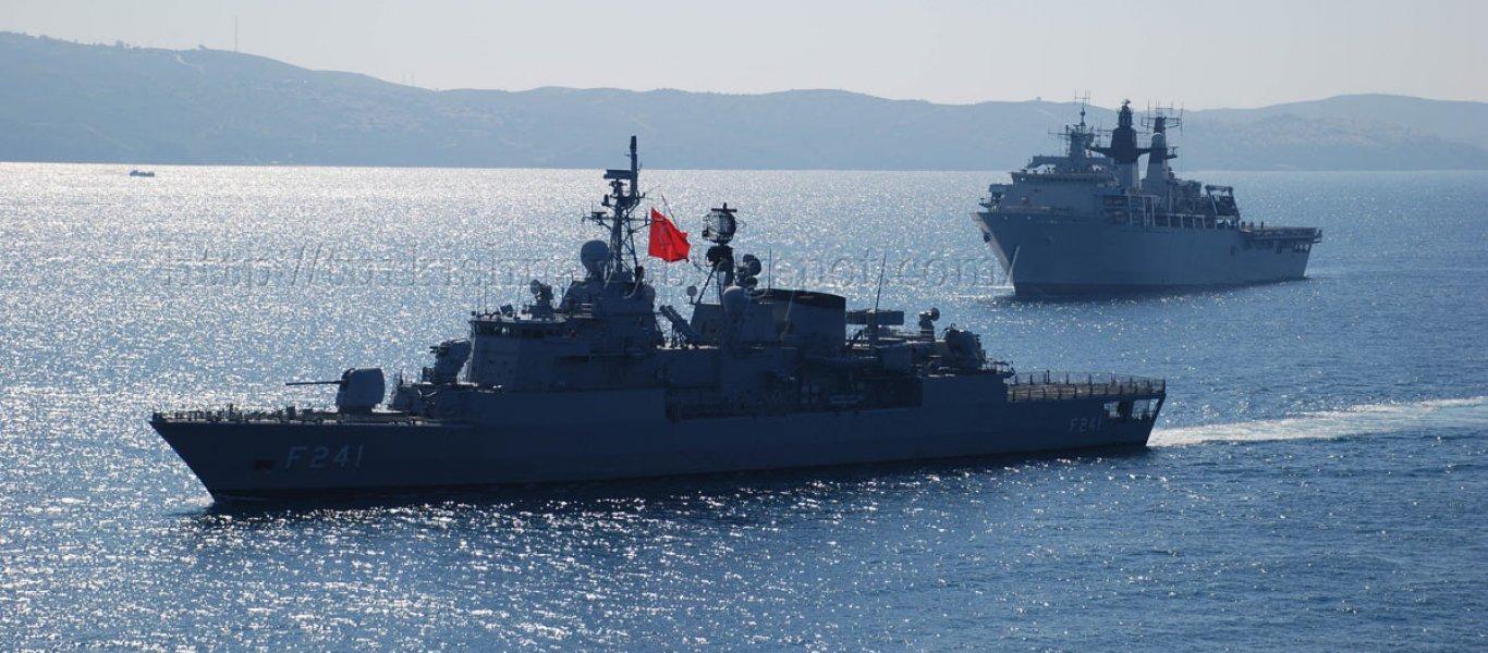 Τουρκική φρεγάτα στις ακτές της Εύβοιας – Αμερικανικό αντιτορπιλικό μπήκε ανάμεσα σε Ελληνες και Τούρκους