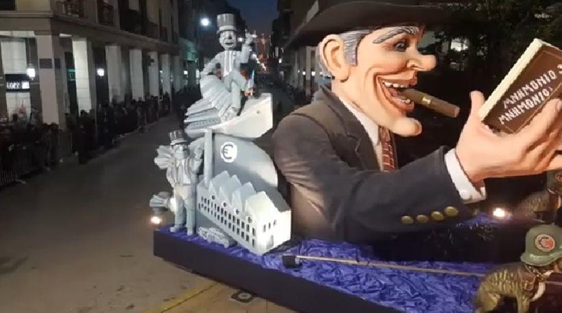«Πατρινό καρναβάλι για πάντα»: Η πιο ξέφρενη νύχτα των μασκαράδων σε φωτογραφίες