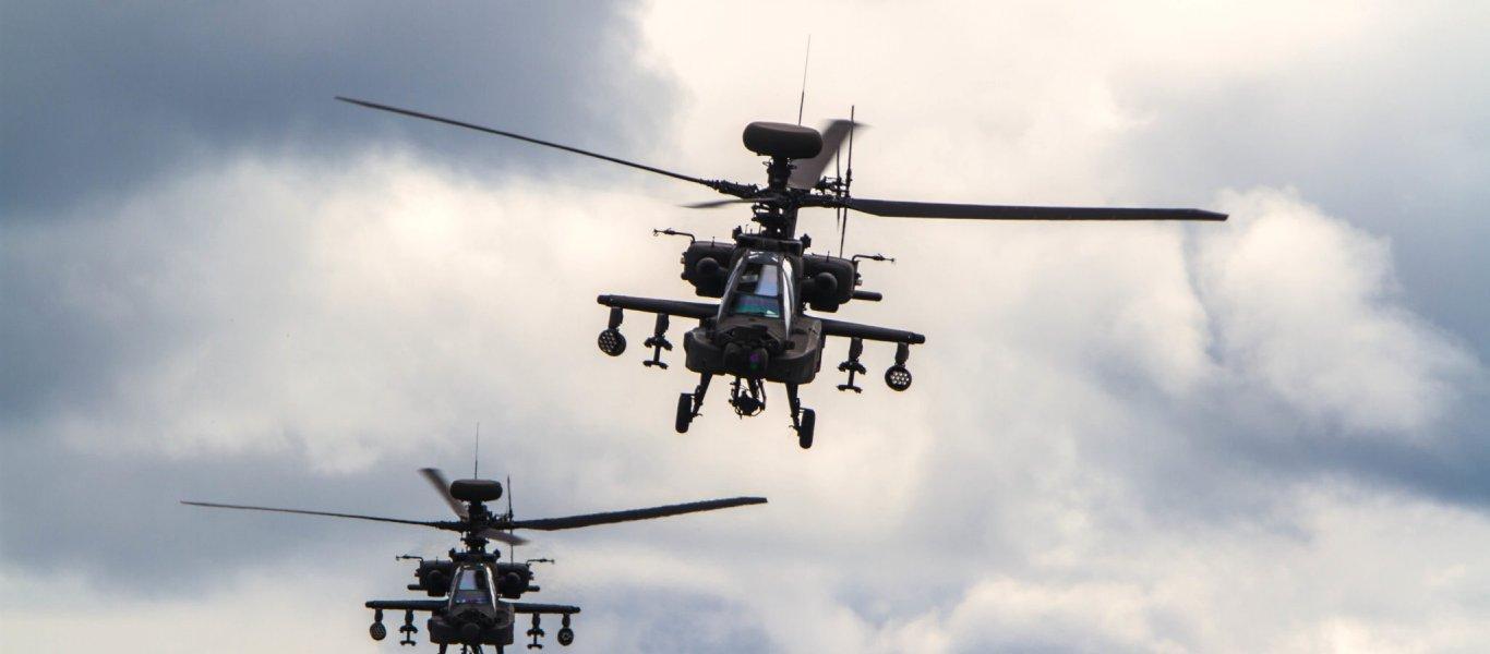 Μάνπιτζ: Αμερικανικά ελικόπτερα με εντολή έναρξης πυρών πετούν πάνω από τα κεφάλια των Τούρκων