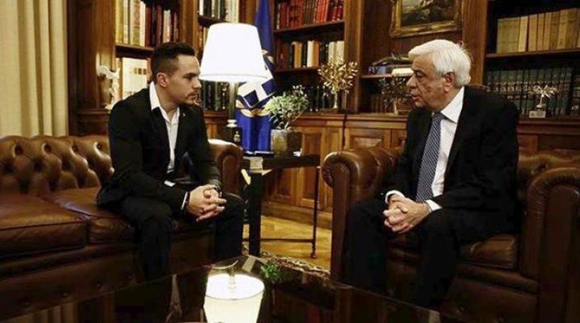 Παυλόπουλος σε Πετρούνια: Είμαστε περήφανοι για σένα