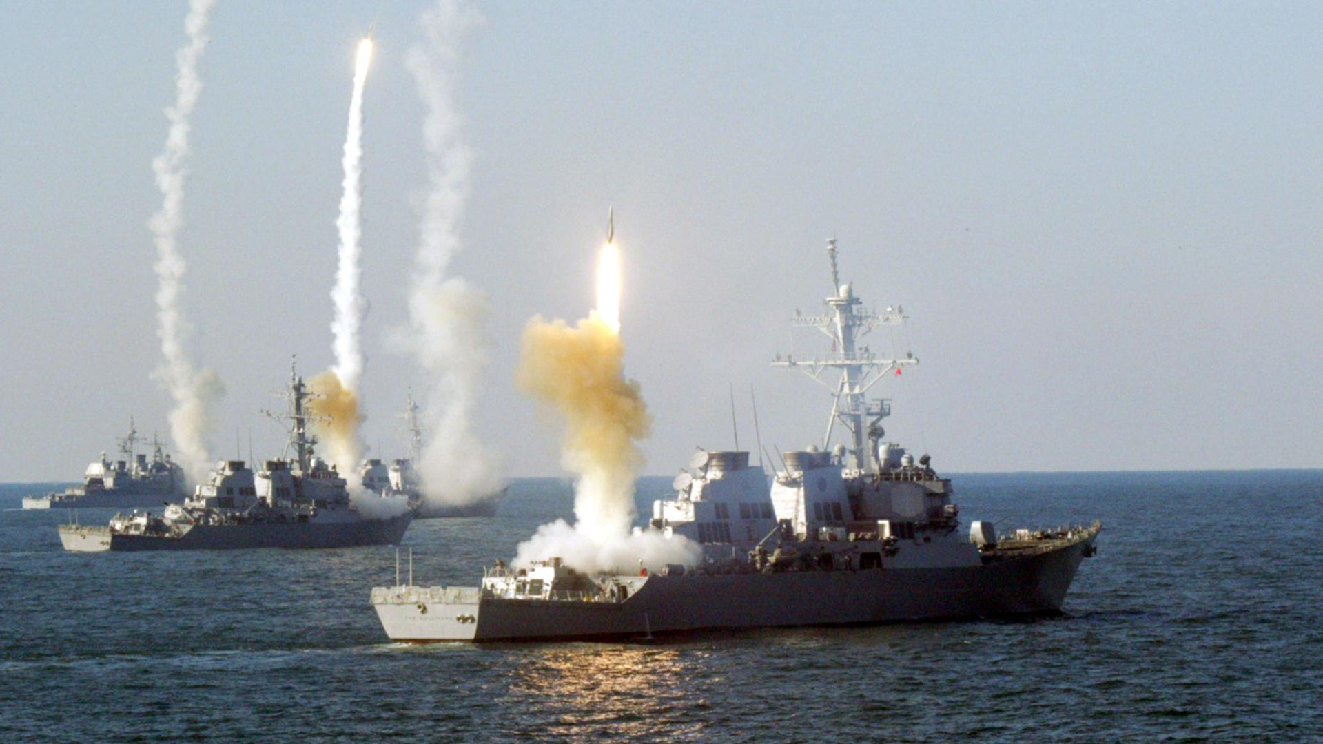 Οι Αμερικανοί σε 48 ώρες χτυπάνε την Συρία – Ρωσία: «Θα καταρρίψουμε και τους πυραύλους, θα βουλιάξουμε και τα πλοία σας»