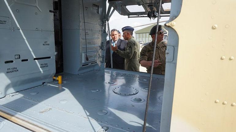 Κύπρος: Tην αεροπορική βάση «Ανδρέας Παπανδρέου» επισκέφθηκε ο Π. Καμμένος