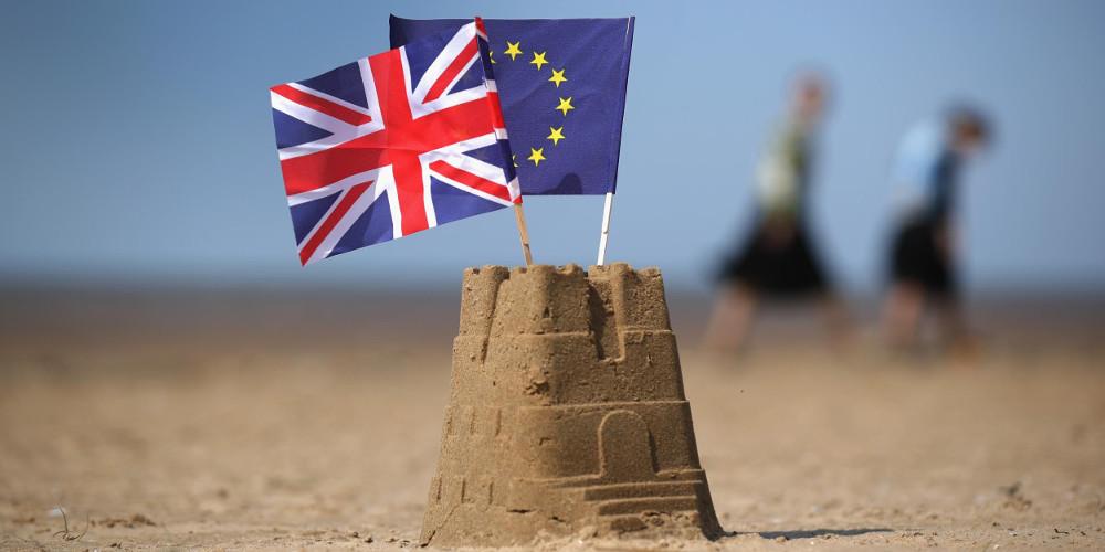 Μέχρι το τέλος του 2020 η μεταβατική περίοδος για το Brexit