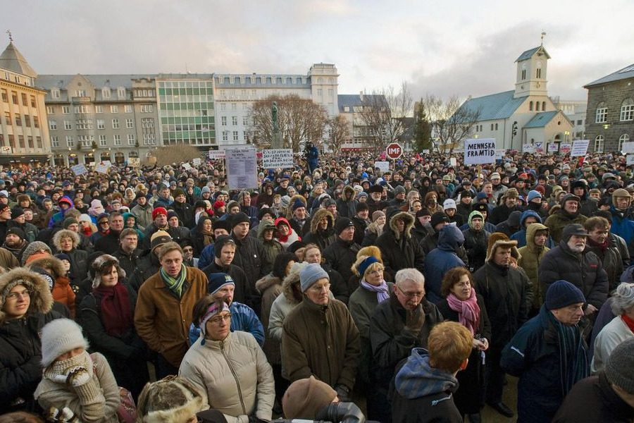 Πώς οι Ισλανδοί ξεπέρασαν μόνοι τους την κρίση