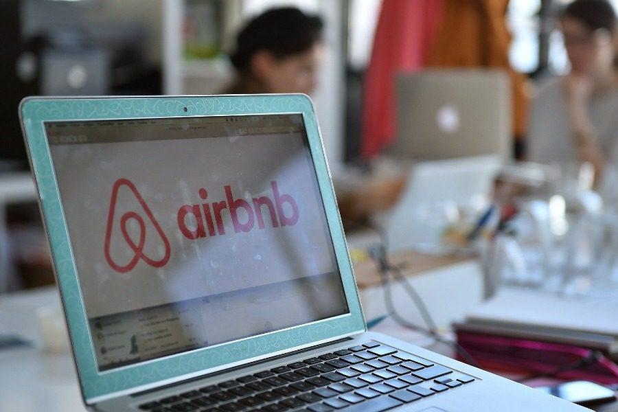 Κυνηγητό από την εφορία για το Airbnb