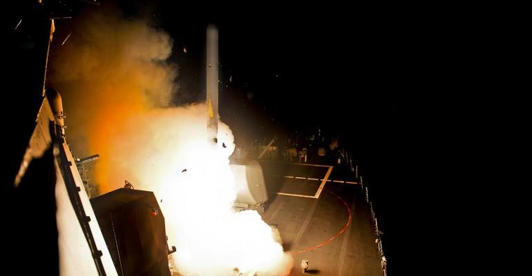 600 πυραύλους Tomahawk ετοιμάζουν οι ΗΠΑ για ισοπέδωση των υποδομών της Συρίας – Θα εμπλακεί στρατιωτικά η Μόσχα;
