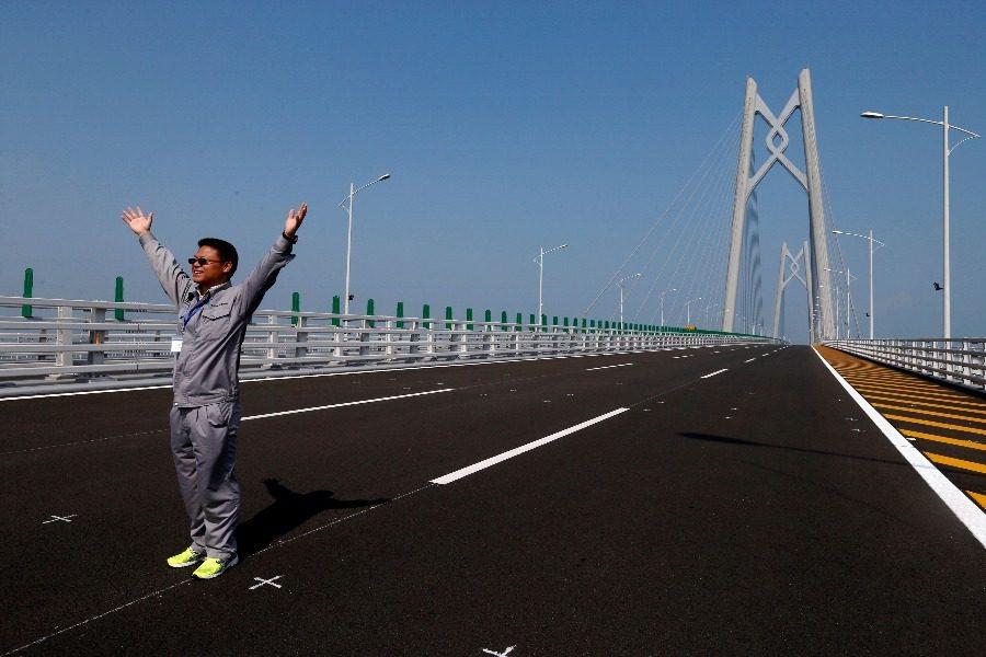 Όλα έτοιμα για τα εγκαίνια της μεγαλύτερης γέφυρας στον κόσμο