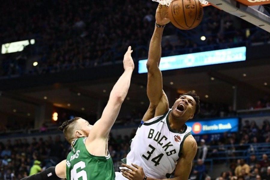 Σαρωτικός Αντετοκούνμπο κόντρα στους Boston Celtics