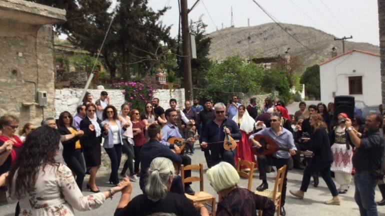 Χωριά της Κρήτης αποκτούν και πάλι ζωή – Το παράδειγμα της Εθιάς