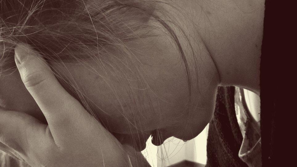 Δεν το χωράει ο νους: Αυτοκτόνησε επειδή δεν την άφησαν οι γονείς της να πάει σε πάρτι