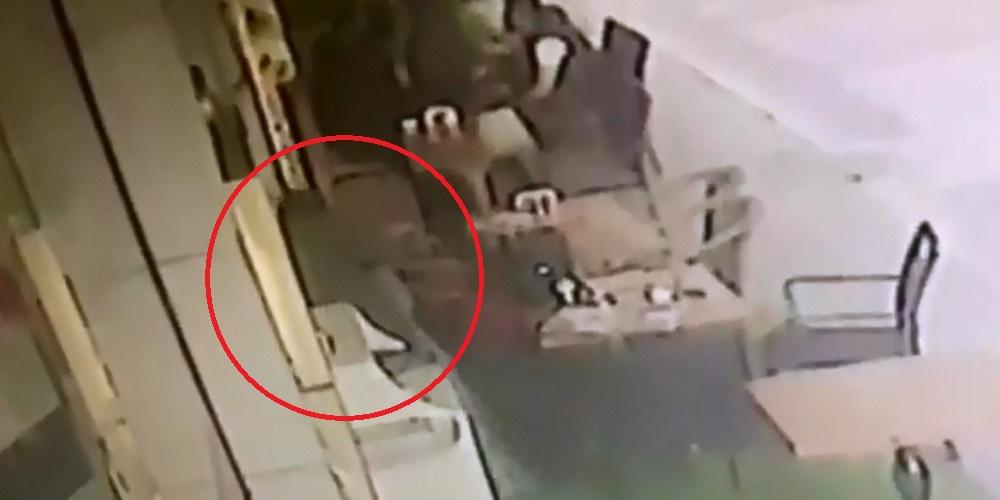 Βίντεο-σοκ: Η στιγμή της δολοφονίας του πρώην Υπουργού στην Τουρκία [Σκληρές εικόνες]