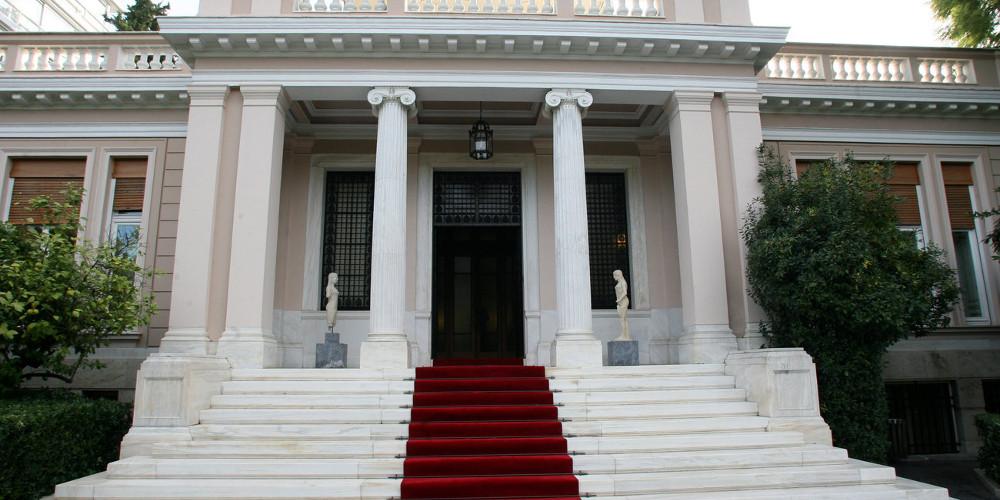 Μαξίμου για έκθεση ΔΝΤ: Καμία ανησυχία – Στο Ταμείο έχουν αποδειχθεί ανακριβείς
