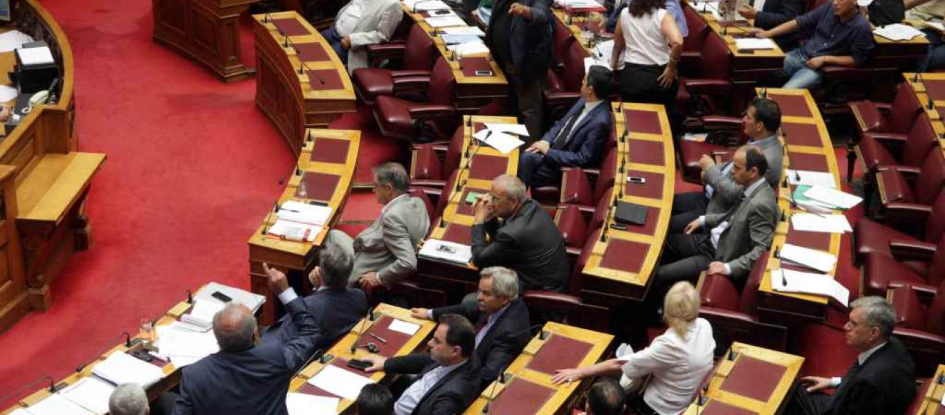 Eπιτροπή Άμυνας της Βουλής: Τι ειπώθηκε για τις γαλλικές φρεγάτες, την αναβάθμιση των F-16 και την «σφήνα» των Rafale
