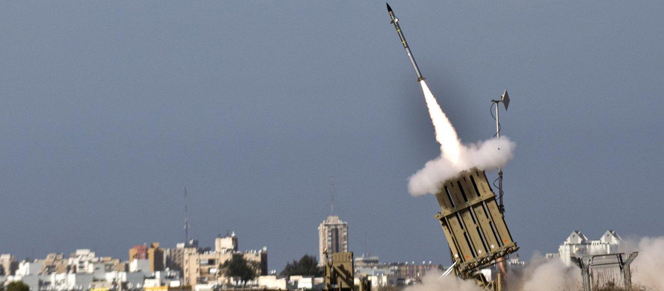 Πόλεμος στη Γάζα: Οι Ισραηλινοί απειλούν πλέον με εισβολή – 114 ρουκέτες εκτόξευσε η Χαμάς (βίντεο)