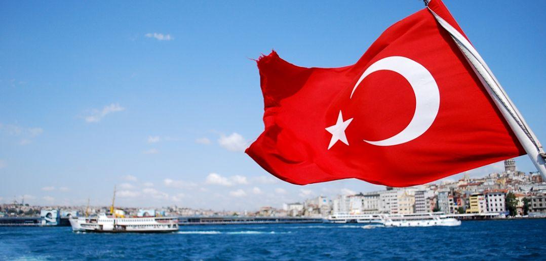 Εντολή να αποσυρθεί το αμερικανο-εβραικό κεφάλαιο από την Τουρκία – Ερντογάν: «Βγάλτε ευρώ-δολάρια από το μαξιλάρι και κάντε τα τουρκικές λίρες»