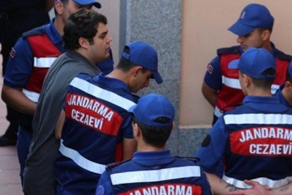Τρίτο «όχι» του τουρκικού δικαστηρίου για την αποφυλάκιση των δύο Ελλήνων στρατιωτικών