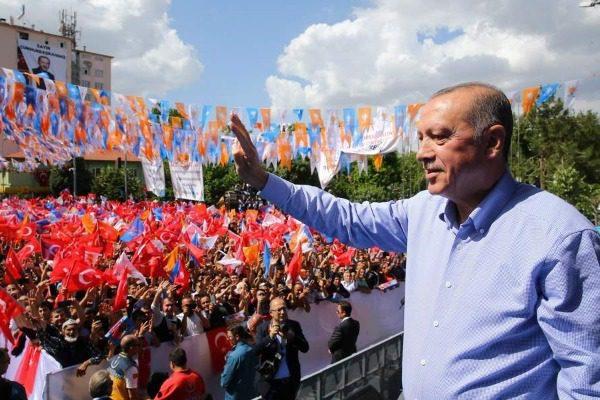 Εκλογές στην Τουρκία: Τι δείχνουν οι δημοσκοπήσεις 23 ημέρες πριν τις κάλπες