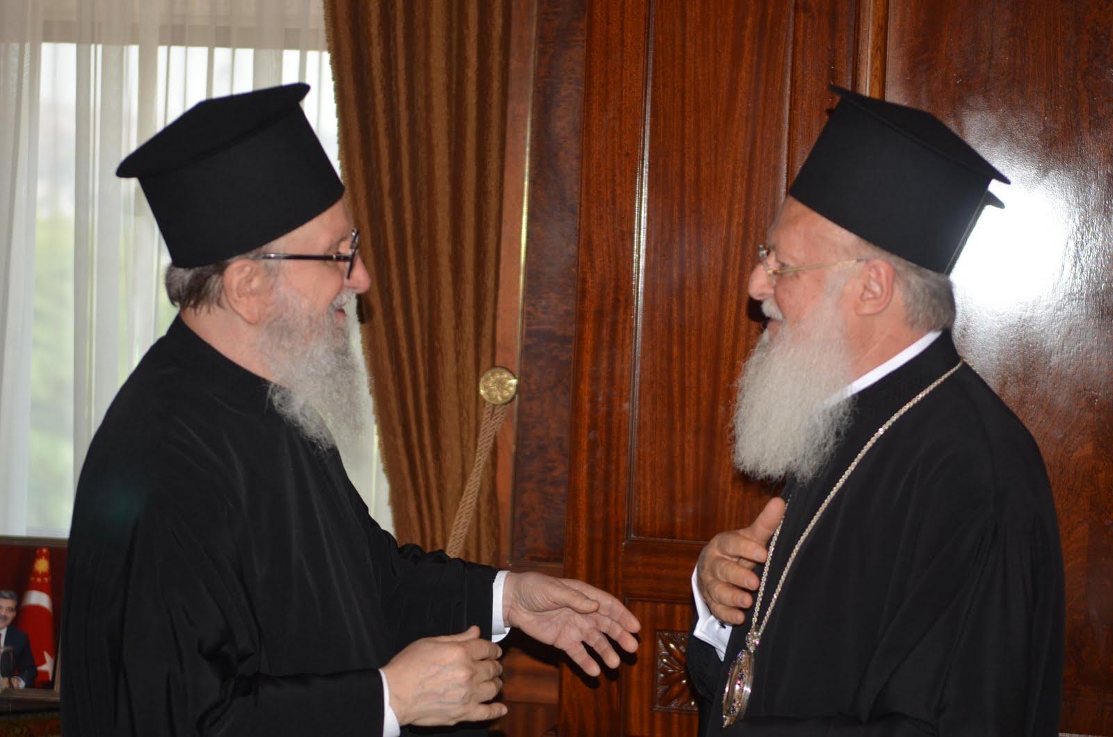 Διάλογοι-θρίλερ στο Φανάρι – Βαρθολομαίος: «Παραιτήσου» – Δημήτριος: «Οχι» – Ποιος αποκάλεσε «τουρκόσπορο» τον Πατριάρχη