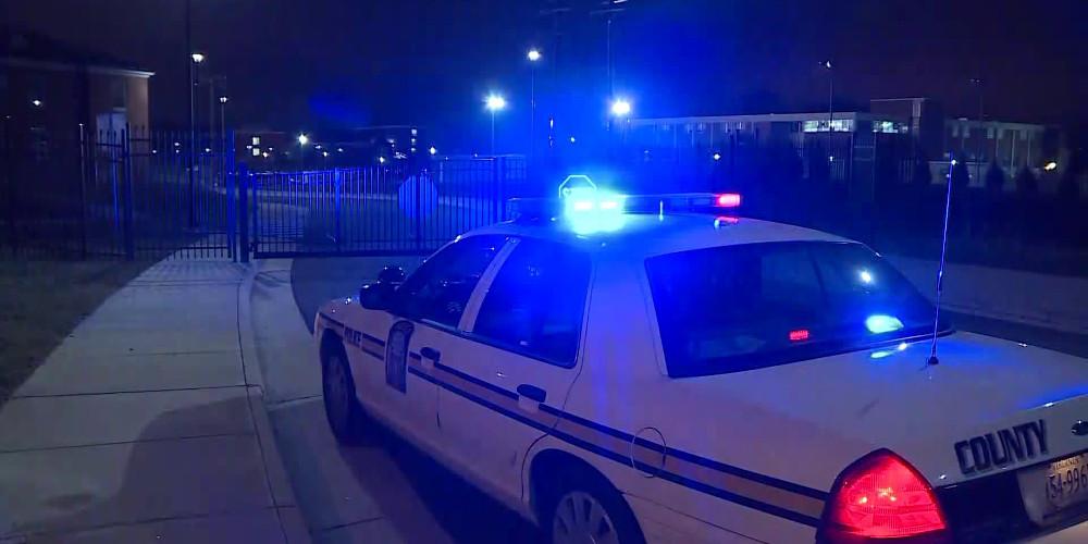 Πυροβολισμοί έξω από το Δικαστικό Μέγαρο στο Κάνσας – Ένας αστυνομικός νεκρός